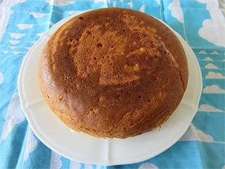 5月謎のケーキ丸々